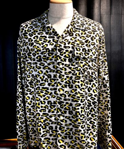 Star of Hollywood, Leopard, Grau Gray, Rayon, Viscose, 1950. Gross real wear, Hemd, Shirt, Reverskragen, Loopcollar