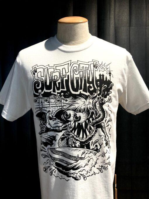 Gross real wear München Weirdo #4 Surfcity T-Shirt, Surfer, Weiss, Cotton