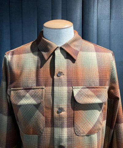 Pendleton Fitted Board Shirt langarm Braun, Beige kariert, Gross real wear München, Wolle, Loopcollar, Reverskragen, Brusttaschen mit Patte
