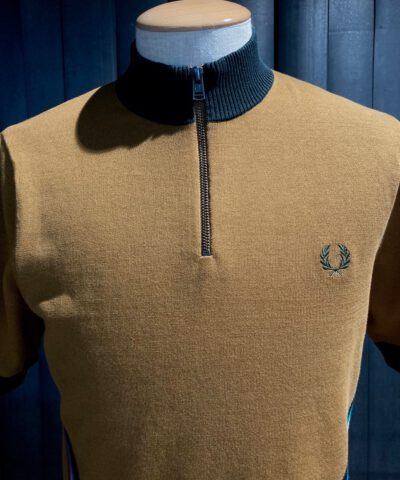 Fred Perry Funnel Neck Knitted Shirt, Gross real wear München, kurzarm Strickhemd, Stehkragen, Reißverschluss, bunter Strickeinsatz, Braun