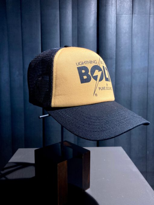 Lightning Bolt A Pure Source Trucker Cap, Gross real wear München, Black, Yellow, Bolt Logo Snapback, Mesh