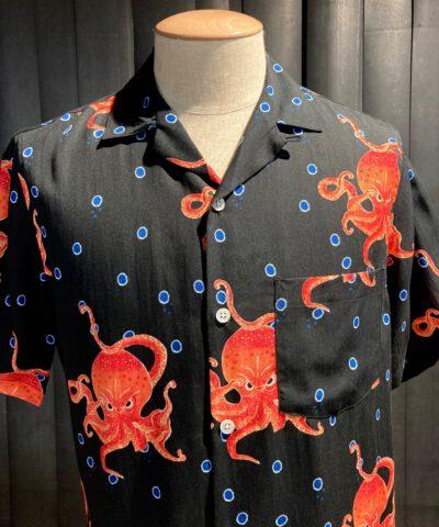 Portuguese Flannel The Great Octopus Shirt, kurzarm Hemd, Gross real wear München, Tintenfisch, Lyocell, Brusttasche, Reverskragen, Loop Collar, Black