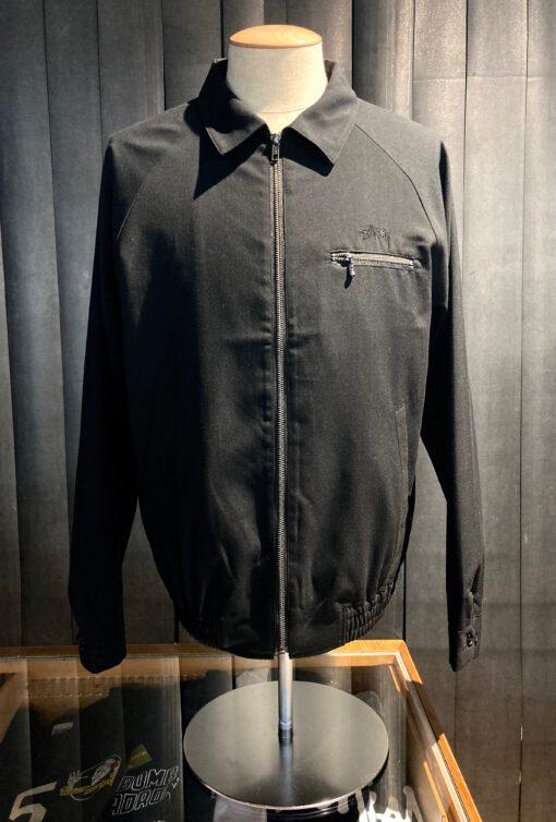 Stüssy Bryan Full Zip Jacket Black, Raglan Jacke mit Reißverschluss, Brusttasche mit Reißverschluss, Gross real wear München, Stüssy Logo Stickerei, gewebtes Flaggenetikett