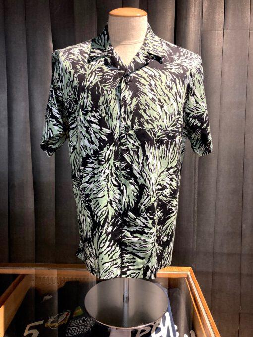 Carhartt WIP Hinterland Shirt, kurzarm Hemd, Reverskaragen, Loop Collar, Blätterprint, geknöpft, Gross real wear München, Black, Cotton, Lyocell, Sateen