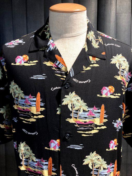 Carhartt WIP Beach Shirt, kurzarm Hemd, Black, Loop Collar, Reverskragen, Gross real wear München, Seitenschlitze, Carhartt Flag Label, Viscose