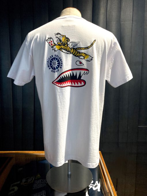 Buzz Rickson's American Volunteer Group T-Shirt, weiß, Flying Tiger, Gross real wear München, Front- Back Print