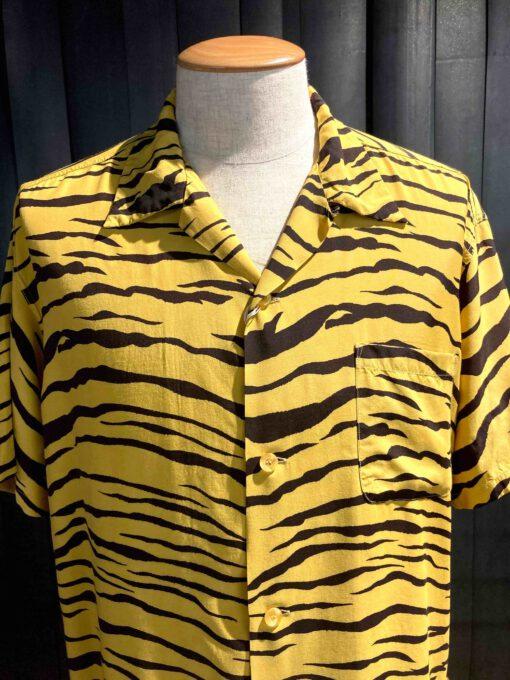 Star of Hollywood Tiger Shirt, kurzarm, Brusttasche, Rayon, Viscose, Reverskragen, Loop Collar, Gross real wear München, Yellow